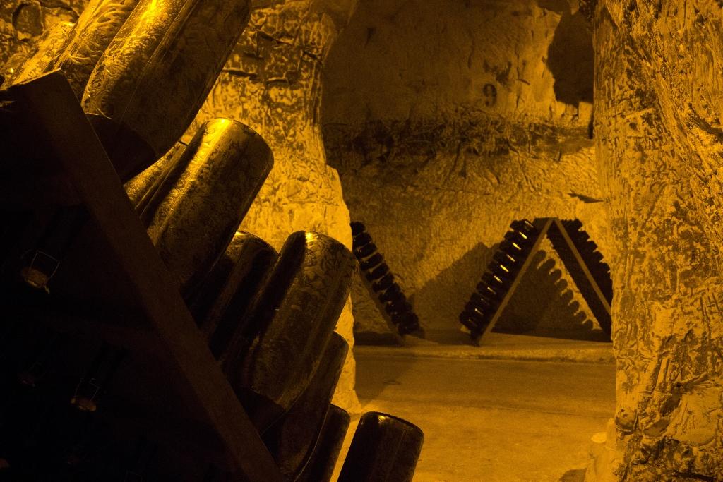 Visitez les caves d'une Grande Maison