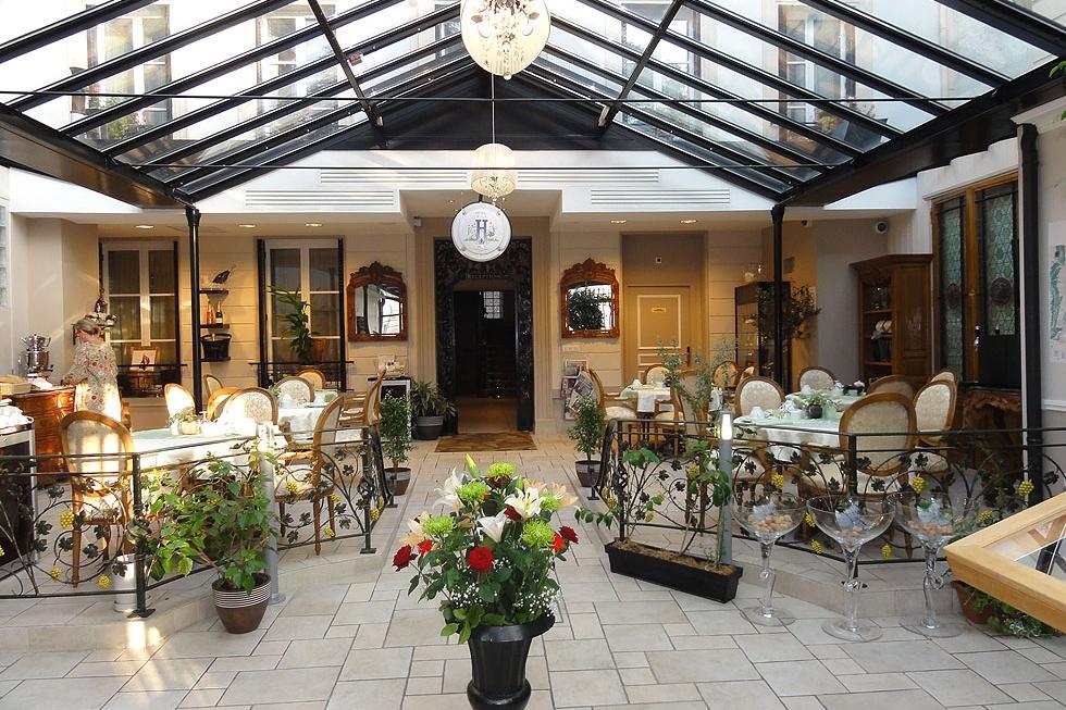 Hôtel Jean Moët 4*